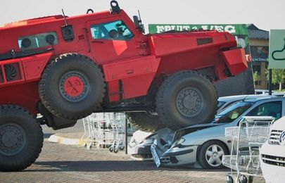 Top 10 biggest cars in the world