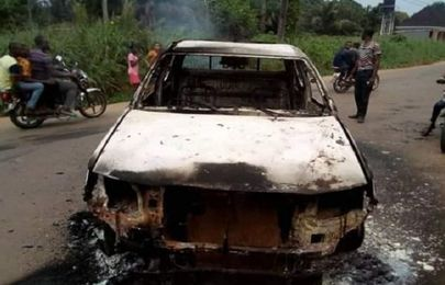 Police van, officers set ablaze in clash with IPOB in Anambra