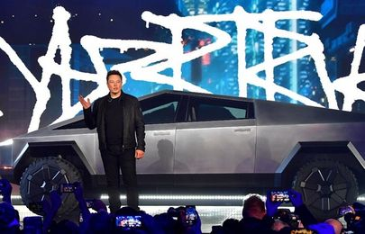 Elon Musk discloses future tech allowing communications between cars and pedestrians
