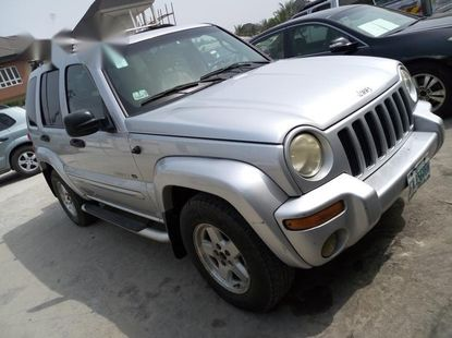 Jeep Liberty 2002 Silver For Sale