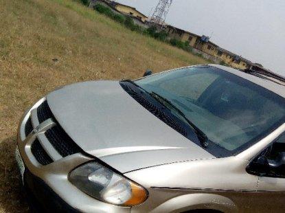 Dodge Caravan 2005 Gold for sale