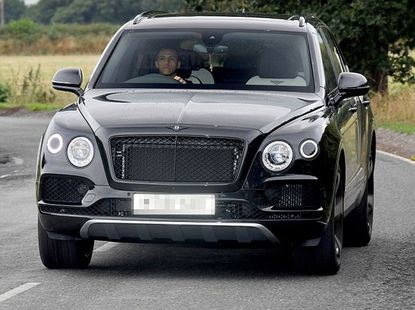 What Alexis Sanchez does with his income? He spends on pets & cars!