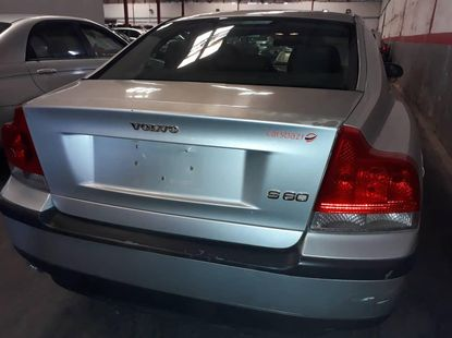 Clean Volvo S60 2001 Gray for sale