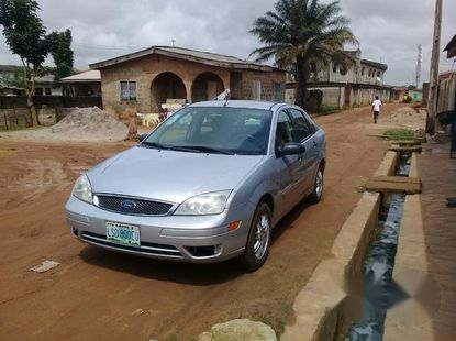 Clean Ford Focus 2007 Silver for sale