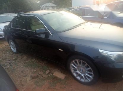 Very Clean BMW 550i 2010 Green for sale