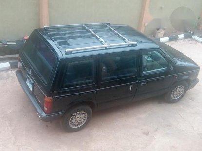 Chrysler Voyager 1990 Black
