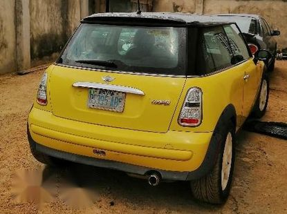 Mini Cooper Automatic 2004 Yellow For Sale