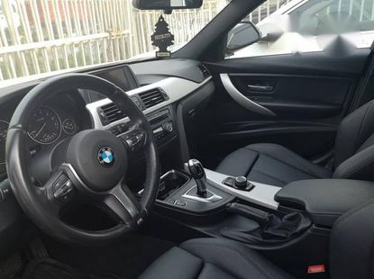 BMW 320i 2014 White for sale
