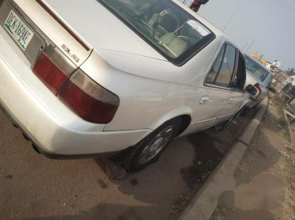 Cadillac CTS 1998 White for sale