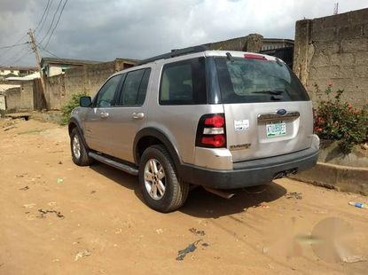 Nigerian Used Ford Explorer 2007 Gray for sale