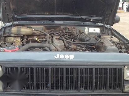 Jeep Cherokee 2000 Black For Sale