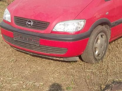 Opel Zafira 2001 Red for sale