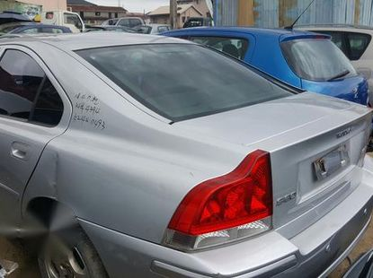 Volvo S60 2005 Gray for sale