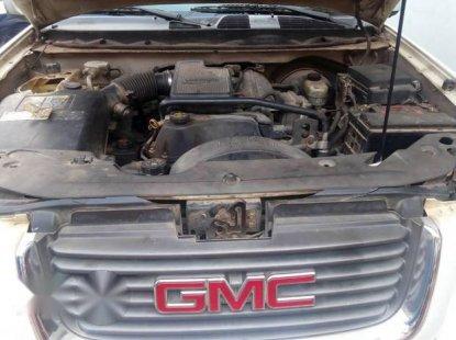 GMC Envoy 2000 White  for sale