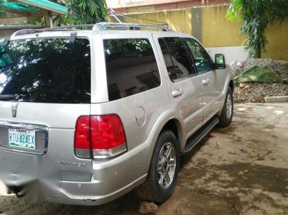 Lincoln Avaitor 2004 Gray for sale