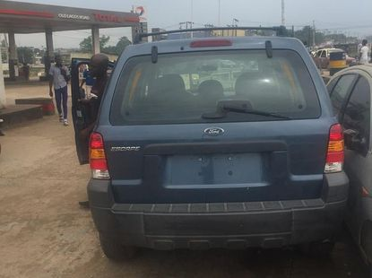 Foreign Used Ford Escape 2005 Blue for sale