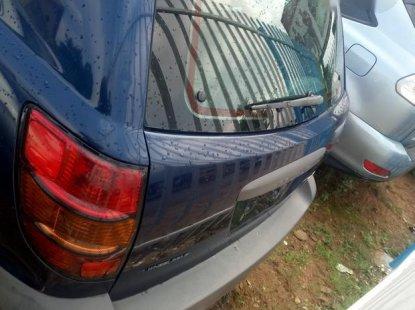 Tokunbo Pontiac Vibe AWD 2004 Blue For Sale