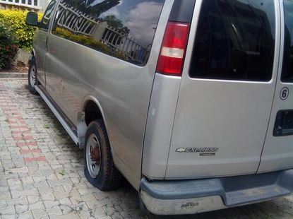 Bus Chevrolet Express 2005 Gray for sale