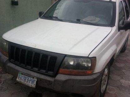 Chrysler Grand 2004 White  for sale