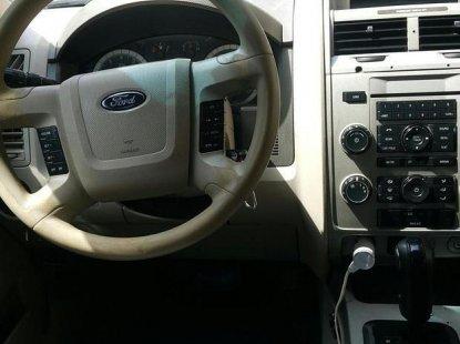 Ford Escape 2009 White for sale