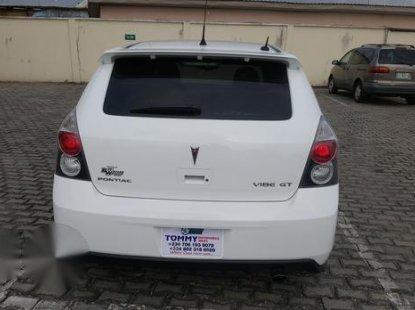 Pontiac Vibe 2.4 GT 2009 White for sale