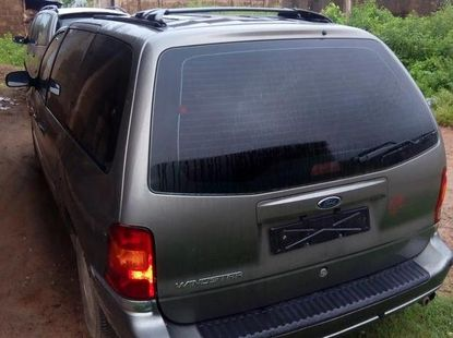Ford Windstar 2004 Gray for sale