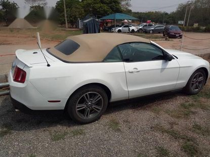 Ford Mustang 2010 GT Premium White For Sale