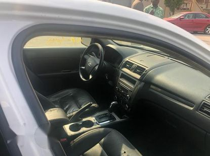 Ford Fusion 2010 White for sale