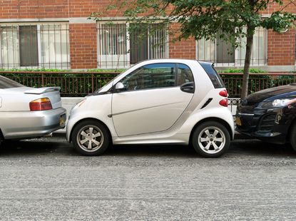 How to parallel parking in a tight spot