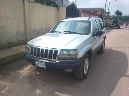 Jeep Cherokee 2004 Silver for sale