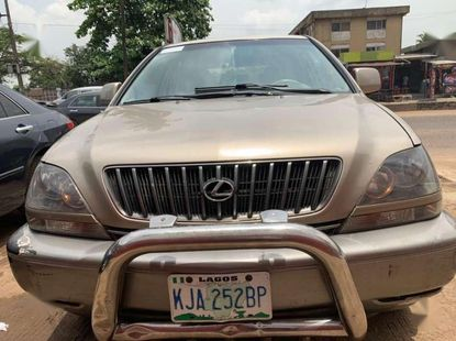 Firstbody 2000 LEXUS RX300  for sale