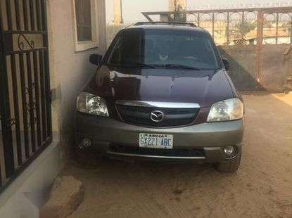 Mazda Tribute 2003 3.0 V6 Exclusive AWD Red for sale