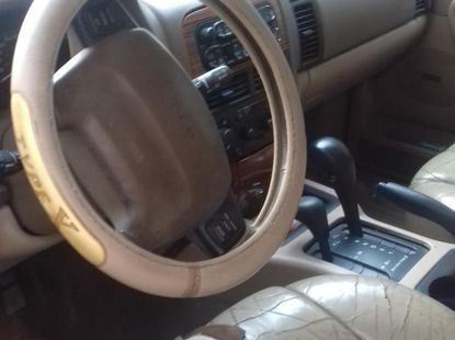 Jeep Cherokee 2000 Red for sale