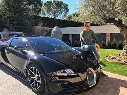 World's top footballers & their cars [Part 1]