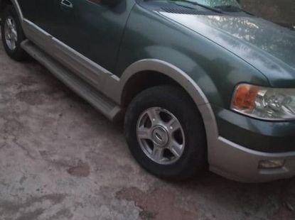 Ford Expedition 2004 Green for sale