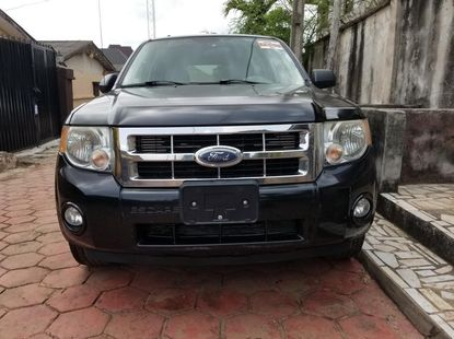 Almost brand new Ford Escape Petrol 2007 Black For Sale