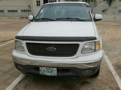 Ford F-150 2001 White for sale