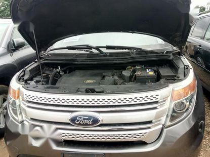Ford Explorer 2013 Gray for sale