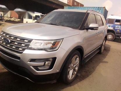 Ford Explorer 2015 Silverfor sale