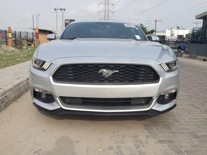 Ford Mustang 2015 Silver color for sale