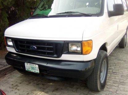 Ford E-250 2003 White for sale