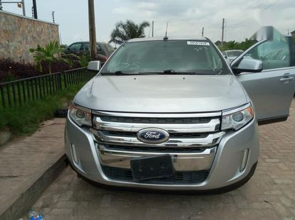 Foreign used Ford Edge 2011 Silver for sale