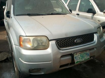 Ford Escape 2004 Limited Silver for sale