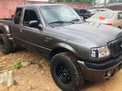 Ford Ranger 2004 Super Cab 4x4 Gray for sale