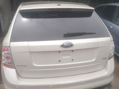 Direct from Canada  Ford Edge 2008 White color for sale