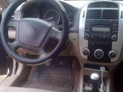 Need to sell cheap used 2007 Kia Cerato at mileage 64,000