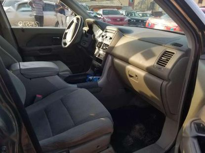 Sharp grey/silver 2006 Ford Pilot suv automatic for sale