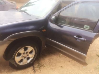 Mazda Tribute 2005 2.3i 4WD Automatic Blue for sale