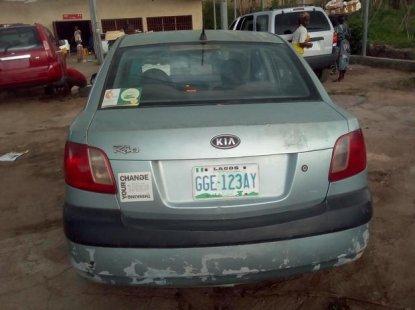 Sell cheap grey/silver 2007 Kia Rio manual in Ibadan