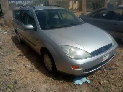 Sell well kept 2005 Ford Focus at mileage 100,000